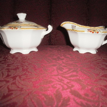 ALFRED MEAKIN ENGLAND SUGAR AND CREAMER - China and Dinnerware