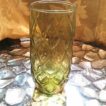 Green pressed glass teardrop pattern - Glassware