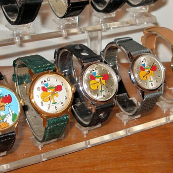 1970's Jay Ward Bullwinkle Watch Variants - Wristwatches
