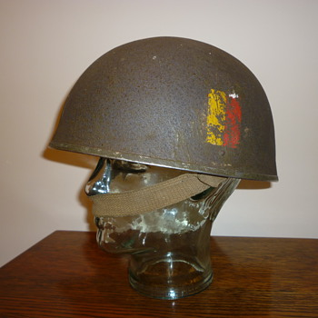 British WWII tank crew / armoured fighting vehicle steel helmet. - Military and Wartime
