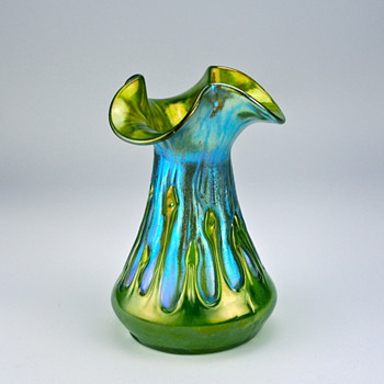 Creta mit Behängen form #109, circa 1900 - Art Glass