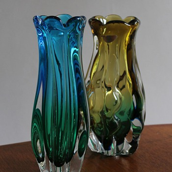 Two Sanyu Vases Japan