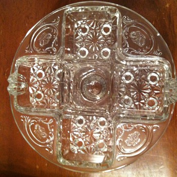 Mystery dish - Goodwill find! What is it??? - Glassware