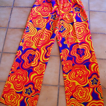 60's - 70's Mod Flower Power Pants - Womens Clothing