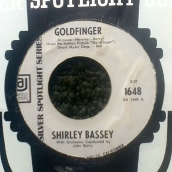"Shirley Bassey - ""Goldfinger"" 45 Record"