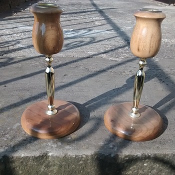 Mrytlewood Candlesticks form Oregon USA a pair in wood and brass or brass effect metal. - Lamps