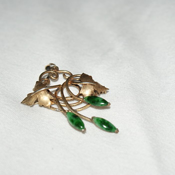 Sterling Gold Plated Brooch/Pendant with Jade (?) - Fine Jewelry