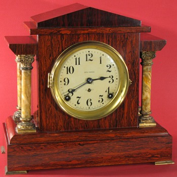 Seth Thomas Admanantine mantel clock, mahogany color - Clocks