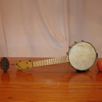 Slingerland Uke Banjo - Guitars