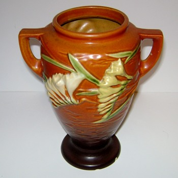Roseville Pottery Freesia - Art Pottery