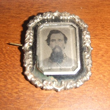 Civil War Confederate Officer mourning brooch