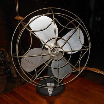 Spider Web Fan