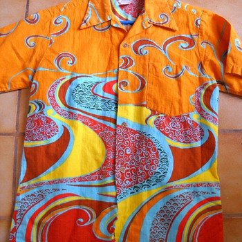 60's Pyschedelic Hawaii Aloha Shirt - Mens Clothing