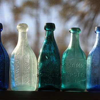 {}----Old Pontiled Long Island Soda Bottles----{} - Bottles