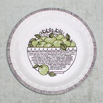 "Royal China ""Country Harvest"" Apple Pie Dish"