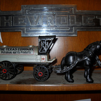 1981 ertl  horse & buggy?????? - Petroliana