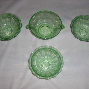 Lot of Green Depression Glass - Glassware