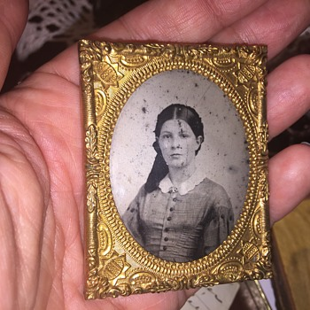 Antique tintype picture with surprise