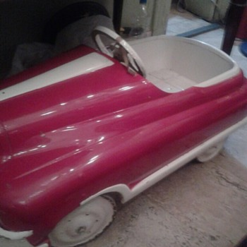 My first pedal car, please identify it