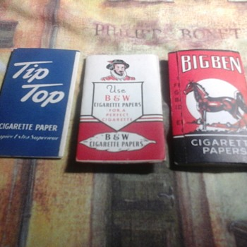 Vintage cigarette rolling papers