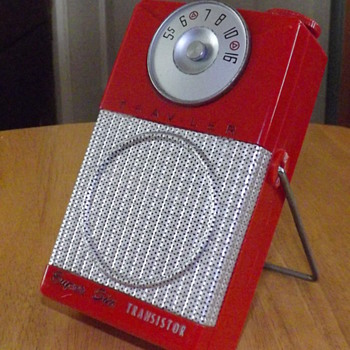 TRAV-LER TRANSISTOR RADIO 1955 - Radios