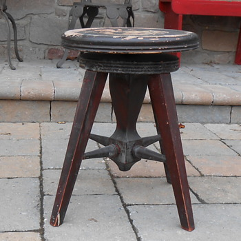 New York Piano Stool and Manufacturing Company Piano Stool