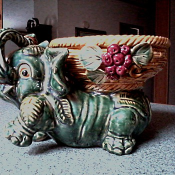 Large Green Elephant Planter with Basket / No Mark / Circa 1950's - Art Pottery
