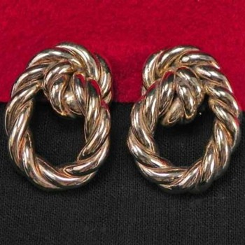 My Favorite Early England Rope Earrings Gold