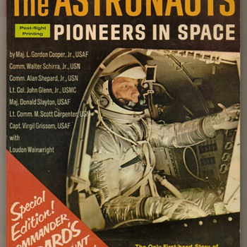 1961 - The Astronauts - Pioneers in Space - Paper