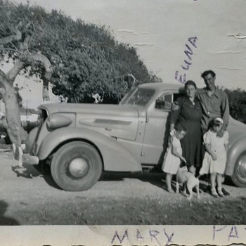 Old Car belonged to family member . Year 1940 ? What is it ??