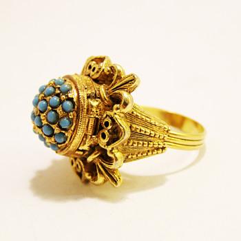 Vintage Florenza Turquoise Borgia Poison Ring