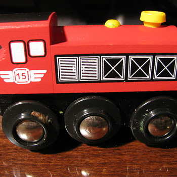 Wheel rolling locomotives - Model Trains