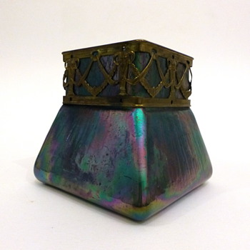 Square shaped iridescent vase with metal rim - Art Glass