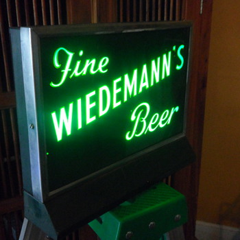Neon Wiedemann's Beer Sign - Signs
