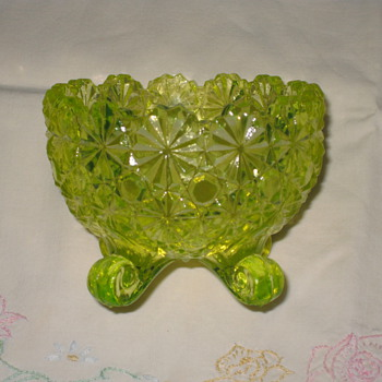 Daisy and Button Pattern Dish/Vaseline Glass by Anchor Hocking - Glassware