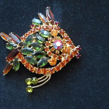 Multicolored glass fish brooch - Costume Jewelry