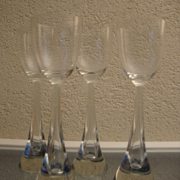 scandinavian set - Art Glass