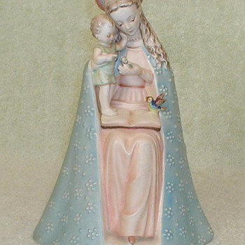Hummel Figurine &quot;Flower Madonna with Child&quot; - Art Pottery