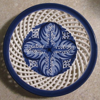"Basket weave border hanging decorative ""plate"" - Art Pottery"