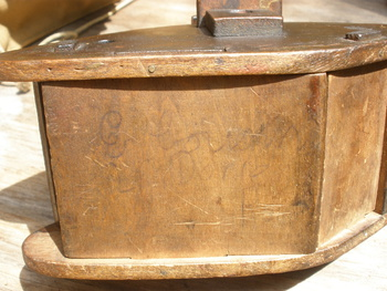 Wwi english tank trench art money box awesome swiveling for Awesome money box