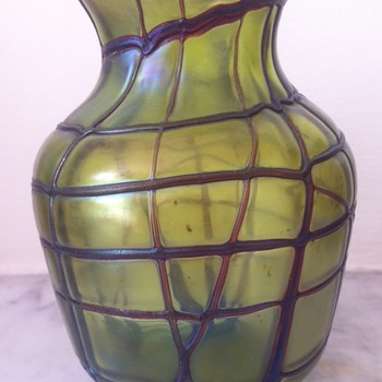 Kralik (feel free to put me right) veined green mini-vase - Art Glass