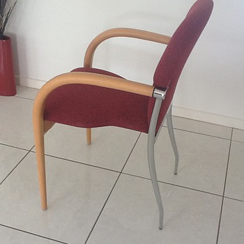 Is this a Bernhardt chair - Furniture