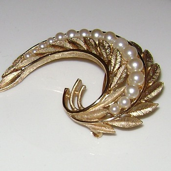 Trifari Brooch - Costume Jewelry