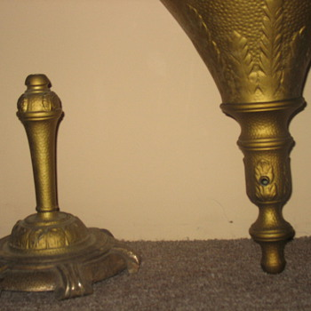 Old metal torchiere - Lamps