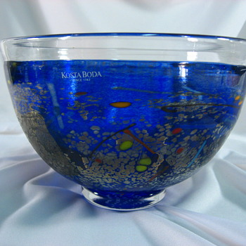 Kosta Boda Bowl-Bertil Vallien - Art Glass