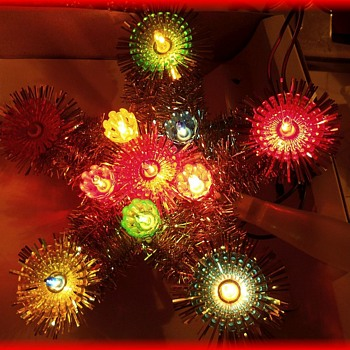 Another CHRISTMAS TREE TOPPER - STAR( Family one )