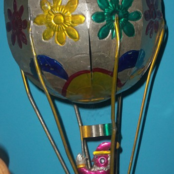 TINWORK SANTA HOT AIR BALLOON MEXICO folk ART