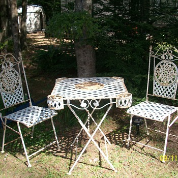 Antique Bistro set - Furniture