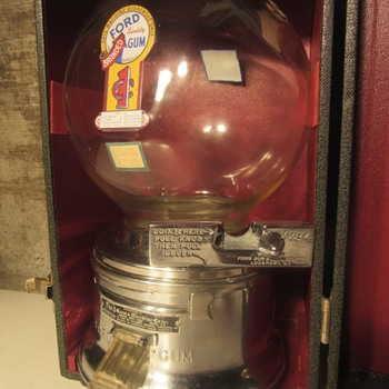 Vintage Salesman Ford 1 cent Gumball Machine Display