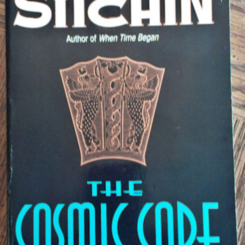 The Cosmic Code by Zecharia Sitchin - Books